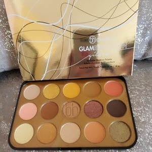 Bh cosmetics Glam Reflection gilded eyeshadow pale